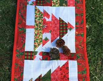 Christmas tree quilted patchwork table runner