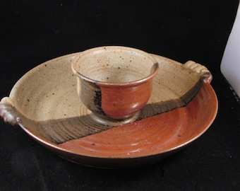 Brown serving plate with dipping dish