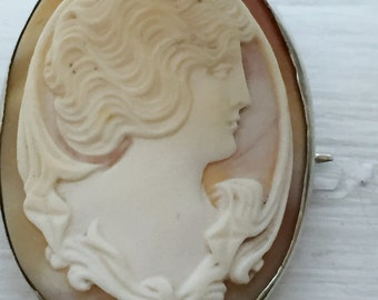 Antique Art Nouveau Cameo Brooch