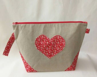 Medium Wide-Mouth Wedge Bag - Calico Heart