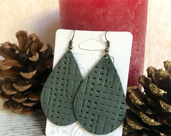 Leather Teardrop earrings - Sage Basket Weave
