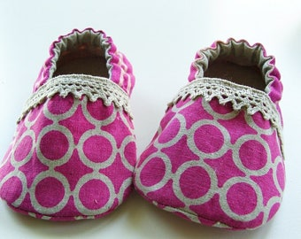Lilac Baby Booties PDF Sewing Pattern (#84)