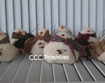 Primitive Christmas Winter Gathering of Snowmen - Primitive Snowman - Primitive Cloth Snowman  - Christmas Snowman
