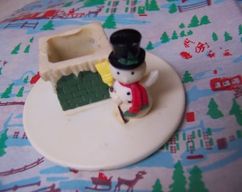 wee tiny snowman and chimney