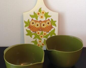 Vintage 100% Melamine Avocado Mixing Bowls, Set Of 2, Vintage Green Plastic Nesting Bowls