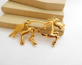 Vintage KK/ED Gold Articulated Racing Horse Equestrian Brooch Pin NN35