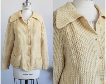 Vintage 1960s Yellow Cardigan Sweater / Wool Sweater With Pockets / Autumn Boyfriend Sweater / Lerner Shops Made in Italy