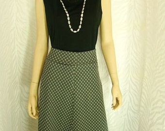 Black/Gray Diamond Print Skirt