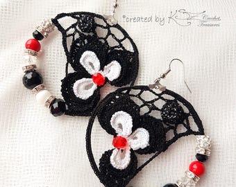Crochet Hoop Earrings,  Black White Red Color Earrings, Beaded Earrings, Irish Crochet, Handmade Jewelry, Crochet earrings, Crochet flowers