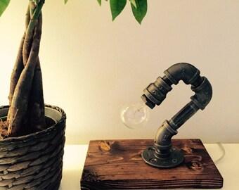 Industrial/Modern/Rustic/ Table Lamp/ Desk Lamp - Light - Edison Bulb