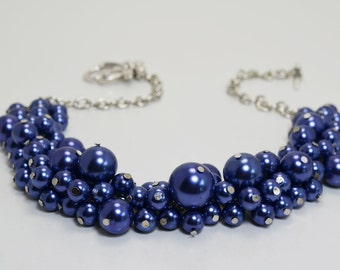 Navy Cluster Necklace, navy bridal jewelry, bridesmaids gift, chunky necklace, navy chunky necklace, pearl cluster necklace, wedding jewelry