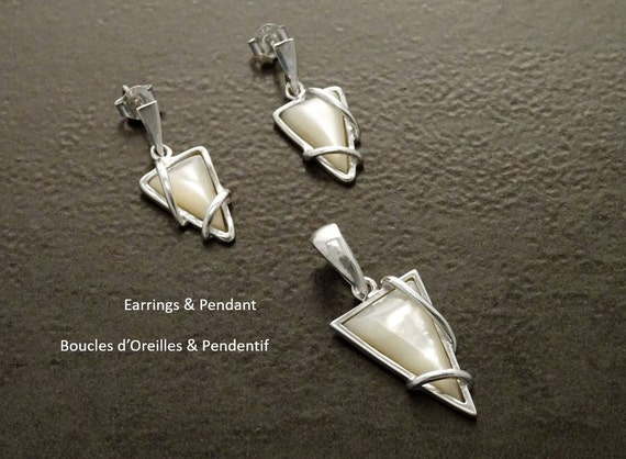 Women, Jewelry, MOP Silver Set - Triangle - 925, Sterling Silver - White Shell - Modern Style - Trending - Boho - Earrings and Pendant Set.