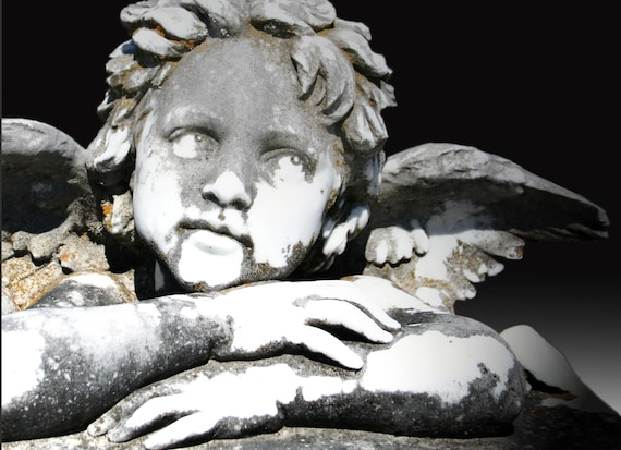 """Cherub Statue (5"""" x 7"""" photographic greeting card - blank inside/with envelope)"""