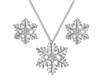 Snowflake Winter Cluster Pendant Necklace & Earrings Set In 14K Gold Over Sterling Silver