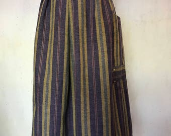 1980s Wool-blend Midi Vintage Skirt with waist and pocket detail