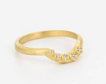 Diamond Stack Ring, Gold Wedding Ring, Bezel Diamond Ring, Five Stone Wave Ring, Diamond Wave Ring, Unique Engagement Ring, Engagement Band