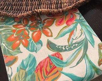 Summer Table Runner | Summer Table Decor | Tropical Table Runner | Tropical Decor | Tropical Centerpiece | Palm Tree Table Runner | Hawaii