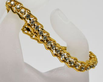 Beautiful gold tone and crystals bracelet