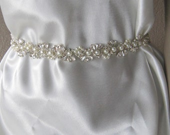 Crystal wedding belt, bridal pearl and rhinestones sash, wedding dress sash, wedding accessoey, belt, Handmade