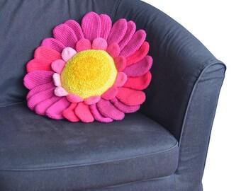 Daisy Pillow Crochet Pattern, Flower Pillow Crochet Pattern, Floral Cushion Crochet Pattern, Large Flower Amigurumi, Plant Amigurumi Pattern