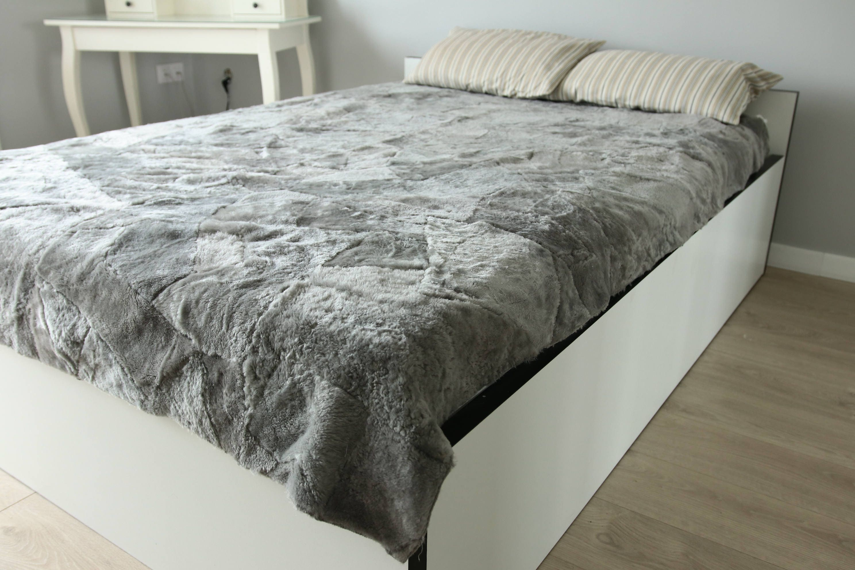 ON SALE Sheepskin Throw | Brown Bed Throw | Brown Throw | Sofa Throw | Gray  Throw | Sheepskin Area Rug | Gray Sheepskin Rug
