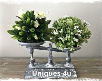 The Green Balance - Floral Arrangement