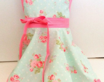Girl's Rose apron, Light pink and aqua blue kids apron with roses, child's apron, children's apron, little girl's apron, girls apron