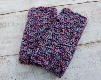 Crochet Wristwarmers, Merino wool, soft and warm