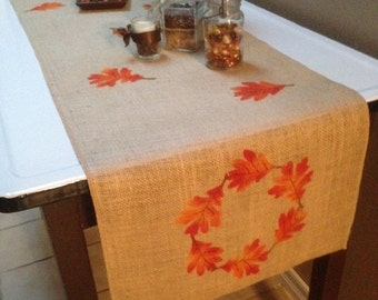 Burlap Table Runner with a leaf border & leaves scattered throughout - Holiday decorating Fall runner Thanksgiving
