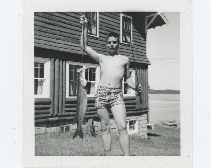 Vintage Snapshot Photo: Catch, 1960s [83658]