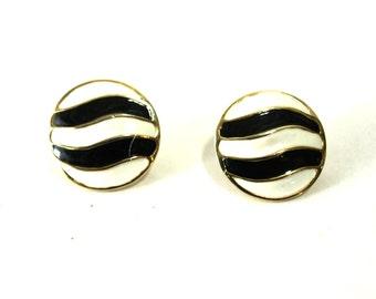 Signed Hobe' Vintage Clip Earrings Yin-Yang