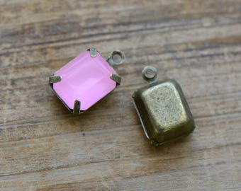 DIY  1 - Small Rectangle Jewel Charm PINK Drop Gem Rectangle 8x10mm Antique Bronze Claw Setting Charms (AW040) 50DFL