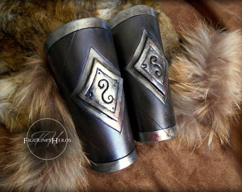 Armbands for medieval costume, arm cuffs - Cosplay, LARP / LARP - Bracelets strength foam EVA - silver colored metal