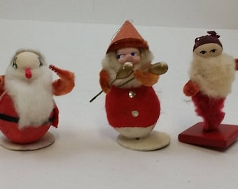 3 Vintage Santas with Spun Cotton Heads, Pipe Cleaners  -- 1950s, 2-3 Inches Tall, Christmas Decoration, Santa Claus Ornaments