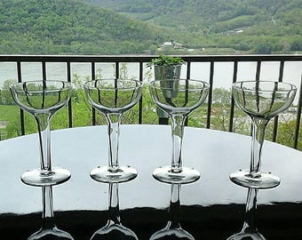 Set of 4 Vintage Toasting Mid Century MCM  Clear Glass Hollow Stem Champagne Coupes
