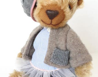 Hand made Collectable artist teddy bear stuffed animal OOAK Nora