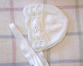 Oyster - white christening baby Hat: Newborn to 12 months