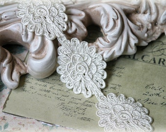 Tresors   Ivory Applique Lace Trim, Lace Appliques, Couture Gowns, Custom Designs, Dressmaking, Crafting, etc, GL-185