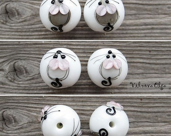 Ball with Mice in sketching style lampwork bead