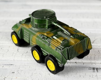 FREE SHIPPING - Vintage Diecast Metal Tootsietoy M-8 Military Armored Car Tank