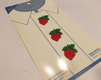 vintage strawberry shirt appliques 30 mm (A5)