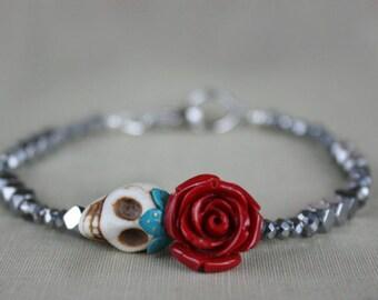 Skull beaded bracelet, gift for her, gift for girlfriend, gothic, dark romance, gift for daughter, goth, retro, Valentine's Day Gift