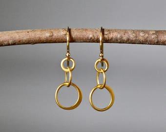 Gold Circle Earrings - Matte Gold Earrings - Everyday Jewelry Gold - Gold Link Earrings - Simple Gold Earrings - Gold Vermeil Earrings