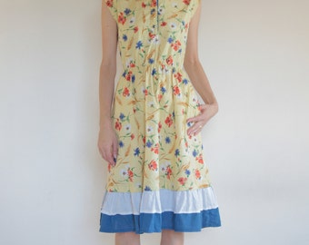 70's floral printed cotton prairie dress with ruffles