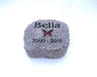Personalized pet memorial stone Customize Text and images the way you want (Thick quality concrete no plastic resin used)