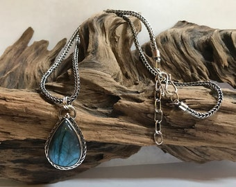 Labradorite Stone with Fine Silver Handwoven Necklace