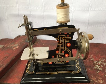 Vintage Toy Sewing Machines