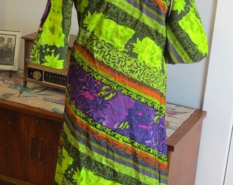 Vintage 1960s Hawaiian Dress | Green, Purple and Orange Barkcloth | Long Dress with open sleeves | by Harriet's Made in Hawaii | Size L - XL