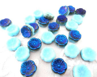 2 x beads 12 mm flower Czech glass turquoise and Blue Pearl.