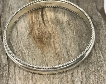 Vintage Sterling Silver Stacking Bangle